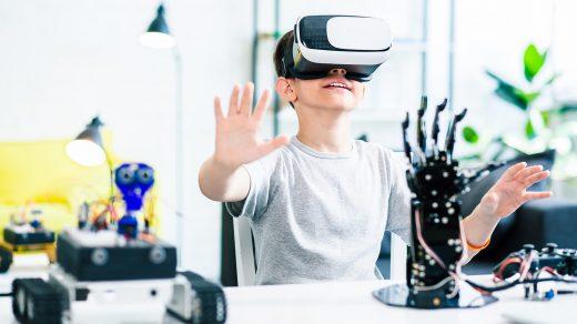 Pengembangan Teknologi VR atau AR di East Vancouver